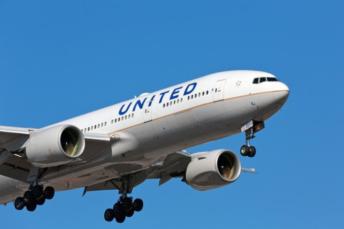 Amid COVID-19 Travel Restrictions, United Airlines Launches Travel-Ready Center